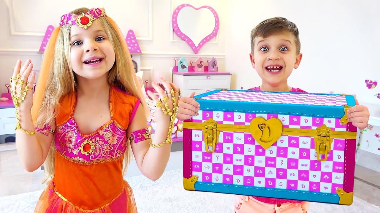 डायना और मैजिक ट्रंक - डायना और रोमा एक डिस्को पार्टी के लिए तैयार हैं!