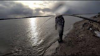 РАДИ ТАКОЙ РЫБАЛКИ СТОИЛО ОБРЫВАТЬ ПРИМАНКИ Рыбалка на Оби щука судак джиг