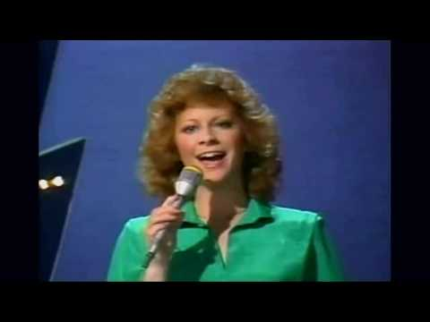 Reba McEntire - You Lift Me Up To Heaven