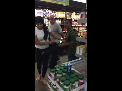 Ghetto fight in a philadelphia shoprite