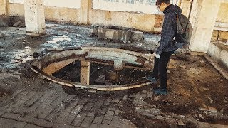 We explored an OLD ABANDONED FACTORY and this happened..