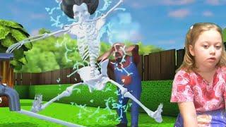 Новый уровень со Злой Училкой! Мисс Ти ударило током и она стала скелетом в игре Scary Teacher 3D!