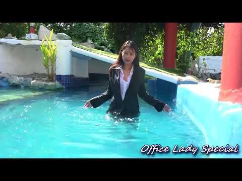 WETLOOK : In Thailand of perpetual summer(pool version)