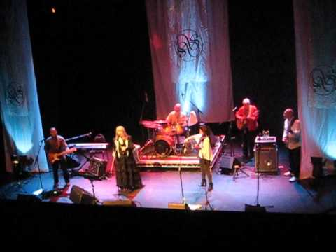 """Steeleye Span """"The Weaver And The Factory Maid"""""""