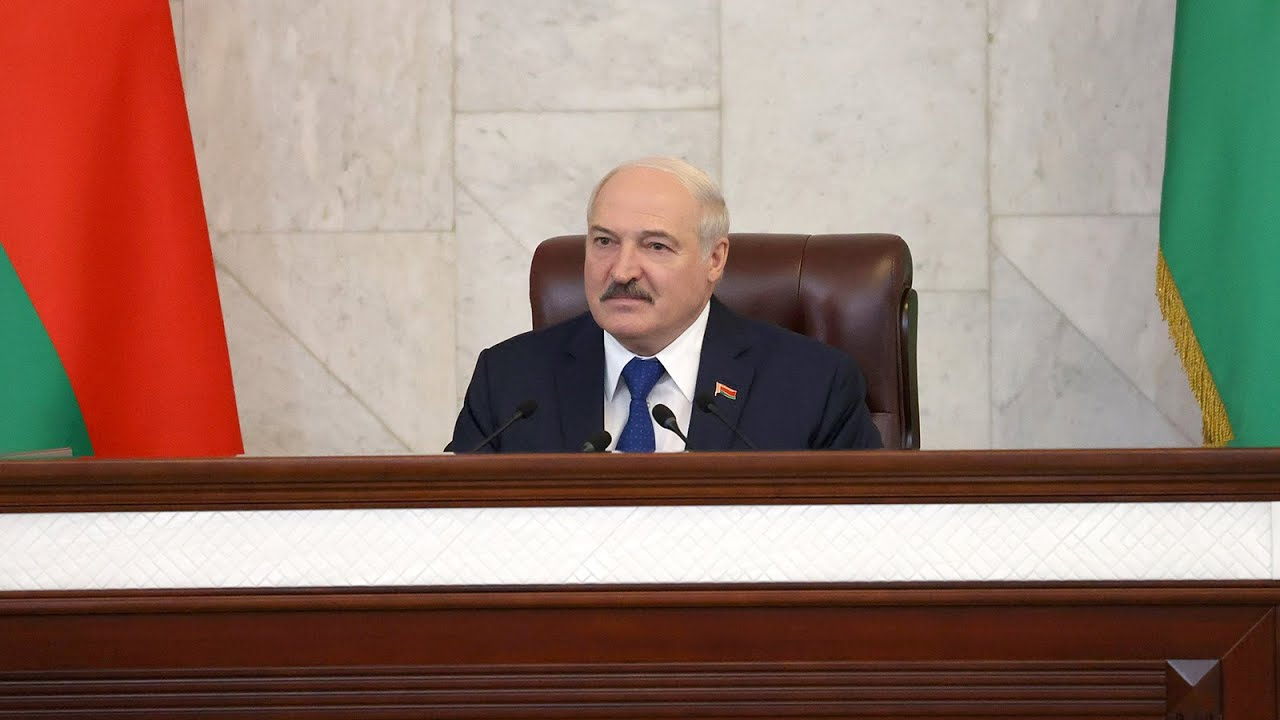 Лукашенко Пусть поговорят о Беларуси Вот мы с Путиным в пятницу будем Америку обсуждать