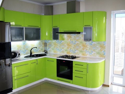 На современные угловые кухни на заказ чаще всего ставятся фасады из МДФ