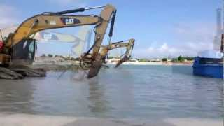 Large hydraulic breakers - HP 5000 and HP 7000, underwater excavation