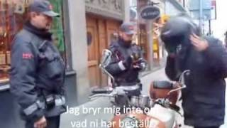 Mopedist trakasserad i Stockholm