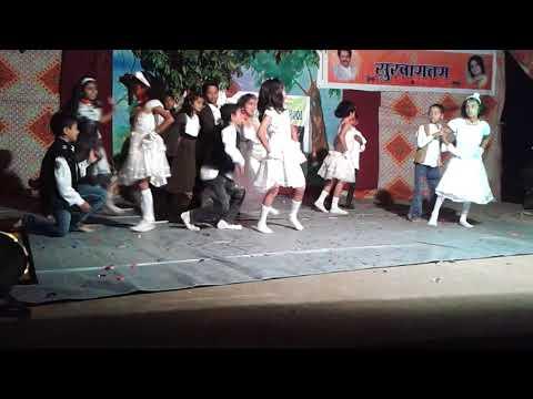 Yayamayayo stage performance