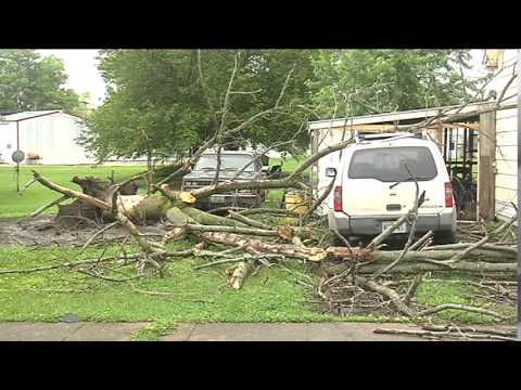 Tornado touches down in Mendon, Missouri