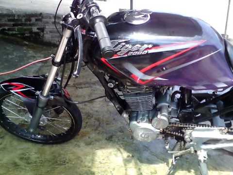 Modifikasi Honda Tiger 2000 AIRBRUSH terbaru, mesin garapan karbu, korting, body dan gilaaaaaaaaa !!