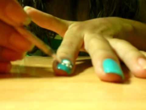 Diseño de uñas de huella de perro