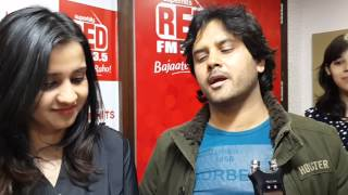 Singer Javed Ali jams with RED FM listener