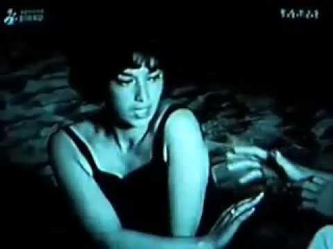 PATRICIA CARLI 1963 Arrête, arrête, ne me touche pas....mp4