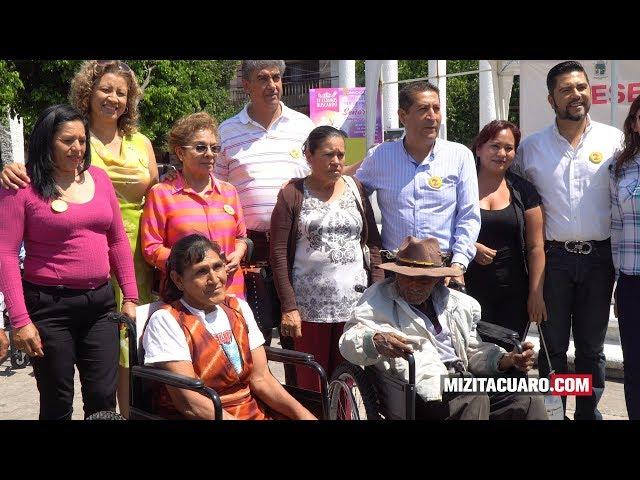 Entregan 40 sillas de rueda en Jungapeo Michoacán