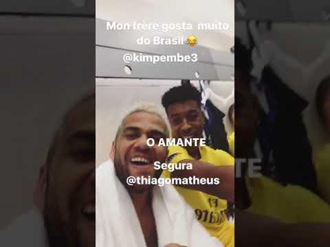 Dani Alves e Presnel Kimpembe: festa dopo Anderlecht-Psg 0-4