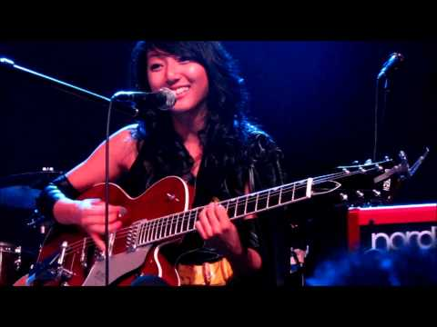 Clara Chung - Heartstrings (Live at The Great Hall in Toronto, October 2012)