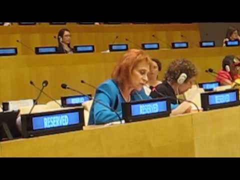 Dr. Judy Kuriansky delivering PCUN recommendations to OWG co-chairs