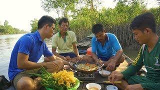 Lẩu Cua Biển Nấu Chao trên Sông Nước Miền Tây | Nét Quê #57