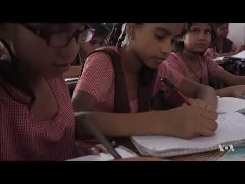 Senior Citizens of India are Teaching Underprivileged Children