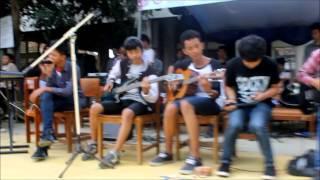 School Story - mentari pagi (acoustic) feat tebe @Smanel (PMR)