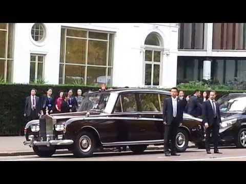 Xi Jinping leaving Mandarin Oriental hotel London