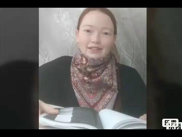 Изображение предпросмотра прочтения – ПолинаВолочаева читает произведение «Сумей за все благодарить» Э.М.Гайнетдиновой