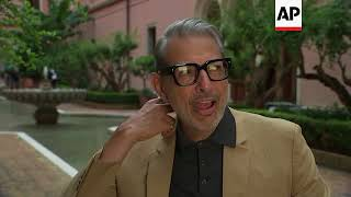 Jeff Goldblum on London statue: 'It was off the books'