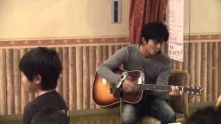 2012新年会の余興です。ギターがんばってます! 見てやって!ちょっ...