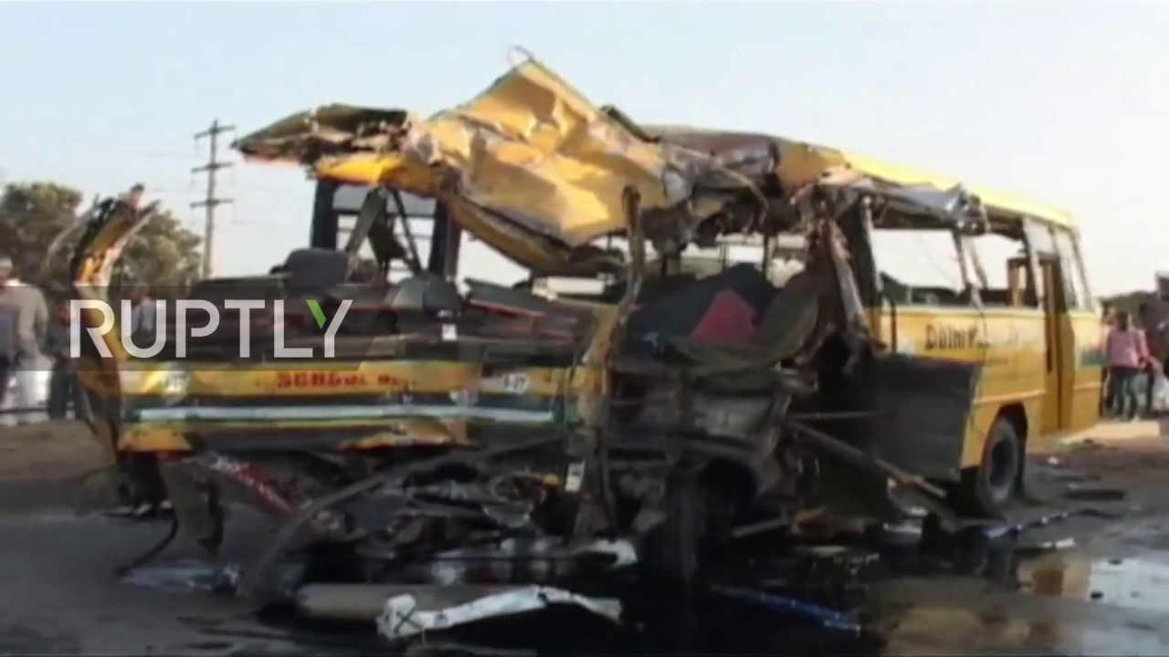 India: Seven dead after Indore school bus collides with truck - YouTube