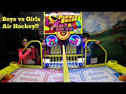 Arcade Pac-Man Smash Air Hockey Entertainment Challenge ゲームセンター