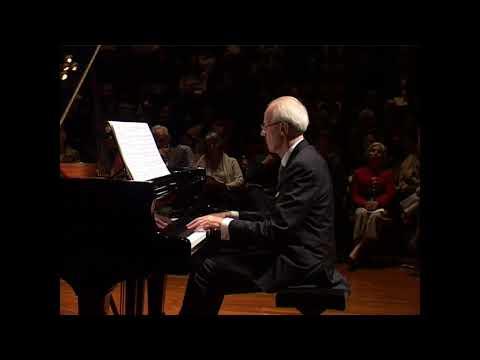 Alain Le Pichon - Beethoven Sonata Op  27 No 2 -  HKAPA   -   28th January 2018