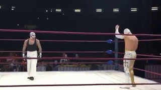 Download Video Rey Mysterio vs Sin Cara mistico full match MP3 3GP MP4