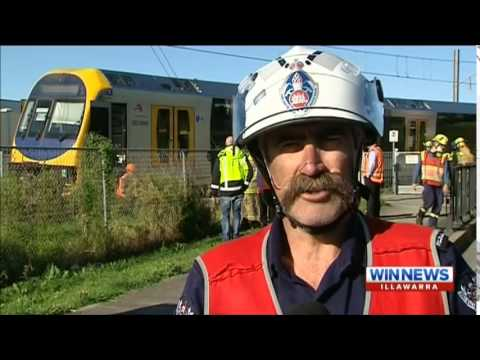 WIN News Illawarra - Train crashes into car at Unanderra (31/8/2015)