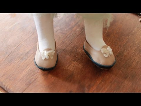 Make Adorable Leather Doll Shoes – DIY Crafts – Guidecentral