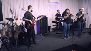 Sugar - Maroon 5 - Quartula By Night ao vivo