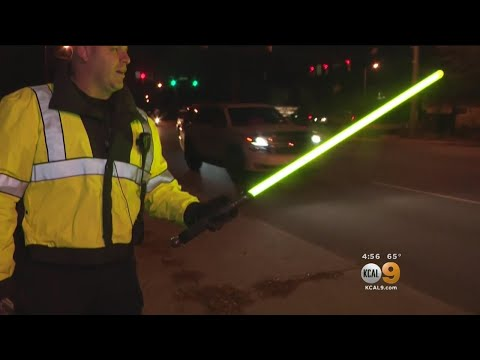 Big Rig - New Yorkers Directed Traffic With Light Sabers During Blackout