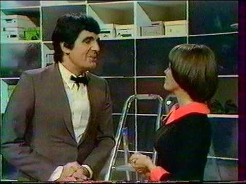 Roger Pierre et Jean-Marc Thibault ( la Vendeuse ) avec Mireille Mathieu 1972