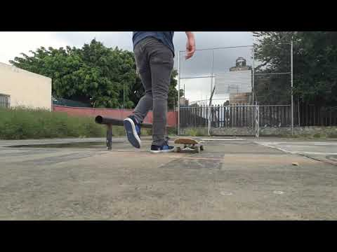 LEARNING 50 50 GRINDS ON A RAIL