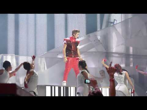 Justin Bieber - All Around The World / Boyfriend 2012 MMVA