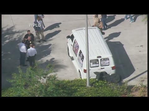 Cesar Sayoc arrested in Florida in connection with mail bombs
