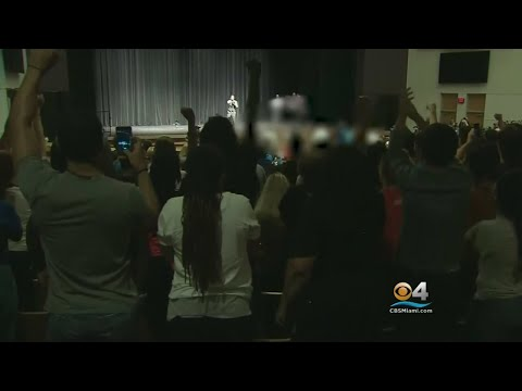 White Supremacist Heckled Relentlessly At Controversial UF Speech