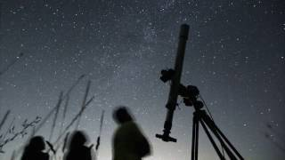 This weekend is the best time to watch the Lyrid meteor - the lyrids meteor shower