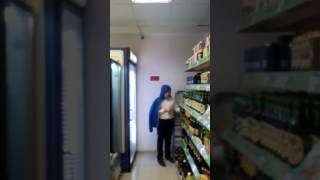Мама дала 100 рублей серёже