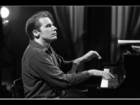 Glenn Gould - Bach's Toccatas - BWV 910, 911, 912, 913, 914, 915, 916 - Remastered Version