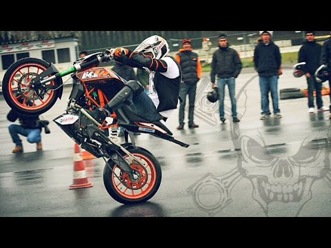 début wheeling ktm duke 125 spartmotard youtube