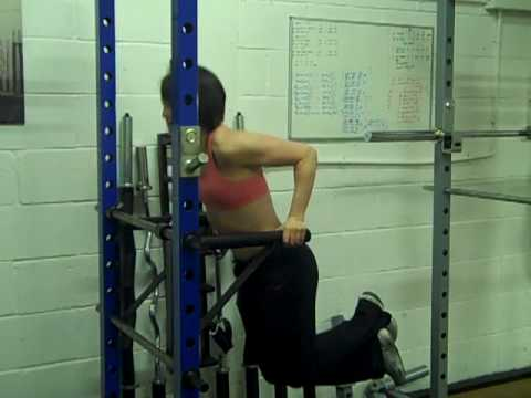 Maggy Using The Watson Gym Power Rack Dipping Attachment