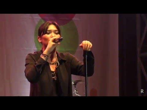 Isyana Sarasvati - Kau Adalah @ The 38th Jazz Goes To Campus 2015 [HD]