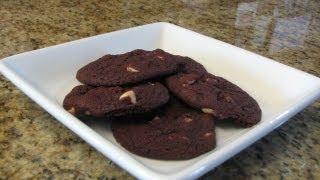 Red Velvet Chip Cookies - Lynn's Recipes