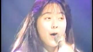 アイドル時代の桜井幸子さんがデビュー曲「ともだちでいようよ」を熱唱...